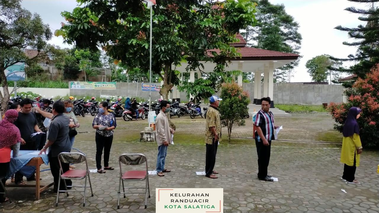 Penyerahan Bantuan Sosial Tunai Tahap II